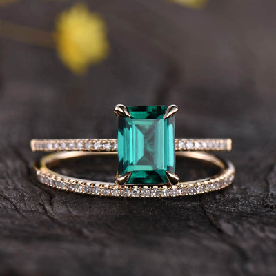 emerald cut emerald engagement ring  set yellow gold 0