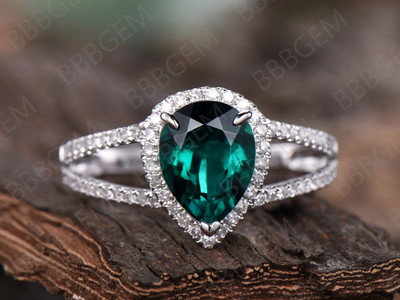 Emerald Engagement Ring-7x9mm pear cut engagement ring Set-14k white gold-diamond ring-birthstone promise ring for her,split shank ring