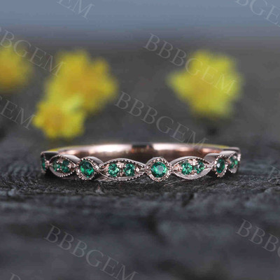 emerald wedding band rose gold 05