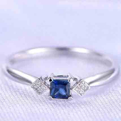 Princess Cut Blue Sapphire Engagement Ring 0