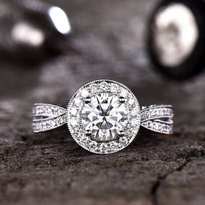 Unique Forever One Moissanite Engagement Ring Halo Criss Cross Ring Vintage Filigree Milgrain Diamond Infinity Wedding Band 14K/18K Gold