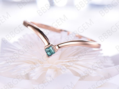 2mm Curved Alexandrite Wedding Band 14K/18K Rose Gold Alexandrite-b001