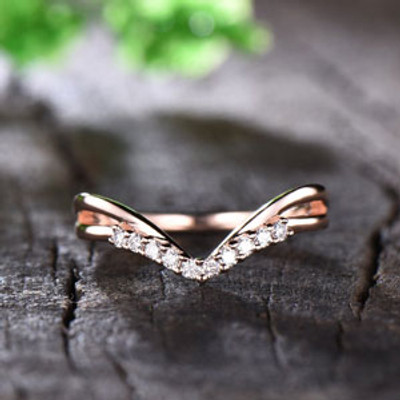 Curve Wedding Band for Women Rose Gold Art Deco V Shape Moissanite Wedding Matching Band Split Shank 14K/18K Stacking Ring Chevron Ring