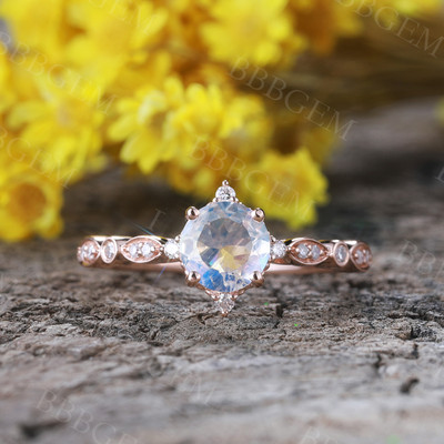 Dreamy Blue Moonstone Engagement Ring Rose gold 01