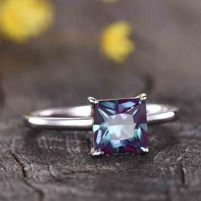 Solitaire Princess cut alexandrite engagement ring 0