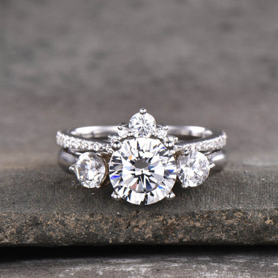Three Stone Moissanite Engagement Ring Set For Women
