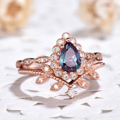 Pear Shaped Alexandrite Engagement Ring Set 0