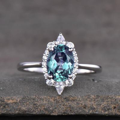 Vintage Alexandrite Engagement Ring 0