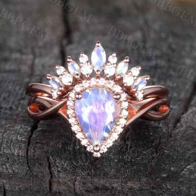 Infinity Moonstone Engagement Ring 01