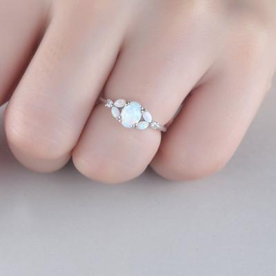 cluster opal enagegemnt ring