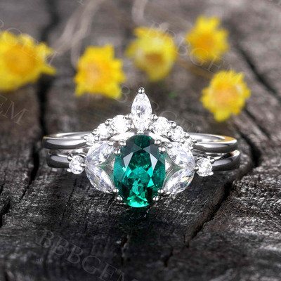 Emerald Engagement Ring Set