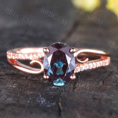 Vintage Alexandrite Engagement Ring Filigree Curved Wedding Band
