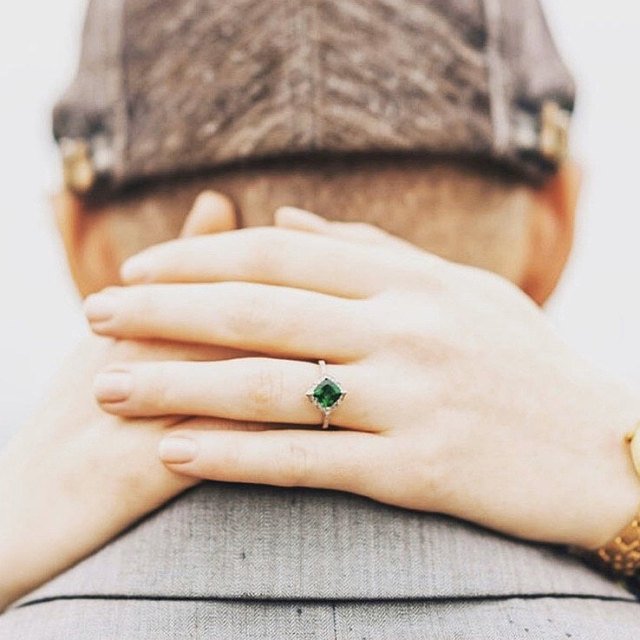 The Ultimate Guide to Buying Emerald Engagement Ring