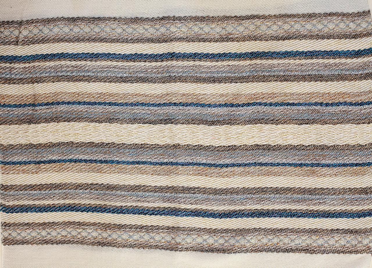 Closeup of striping