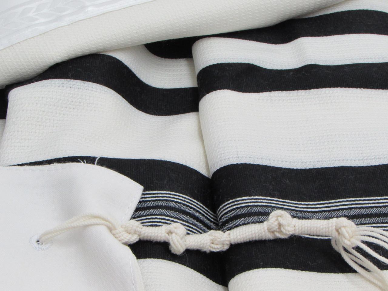 David Tashbetz Black-Striped  Nonslip Tallit