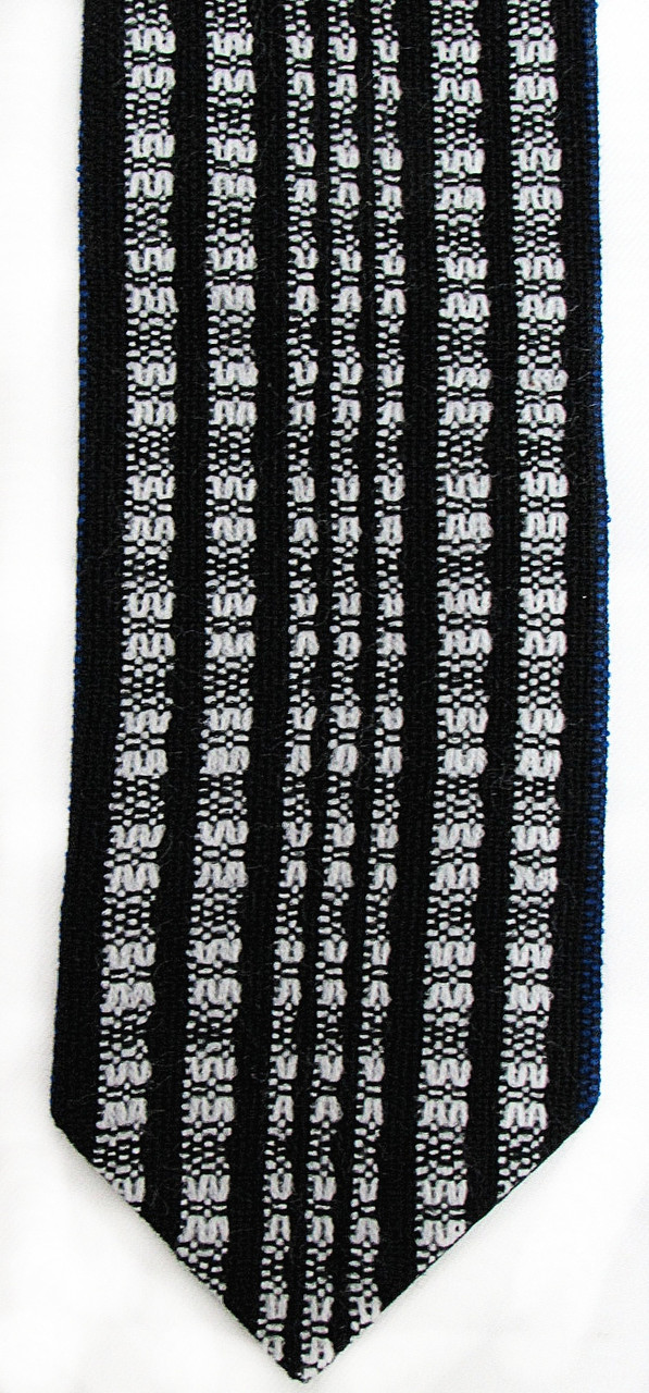 Handwoven Black and White Wool Atara