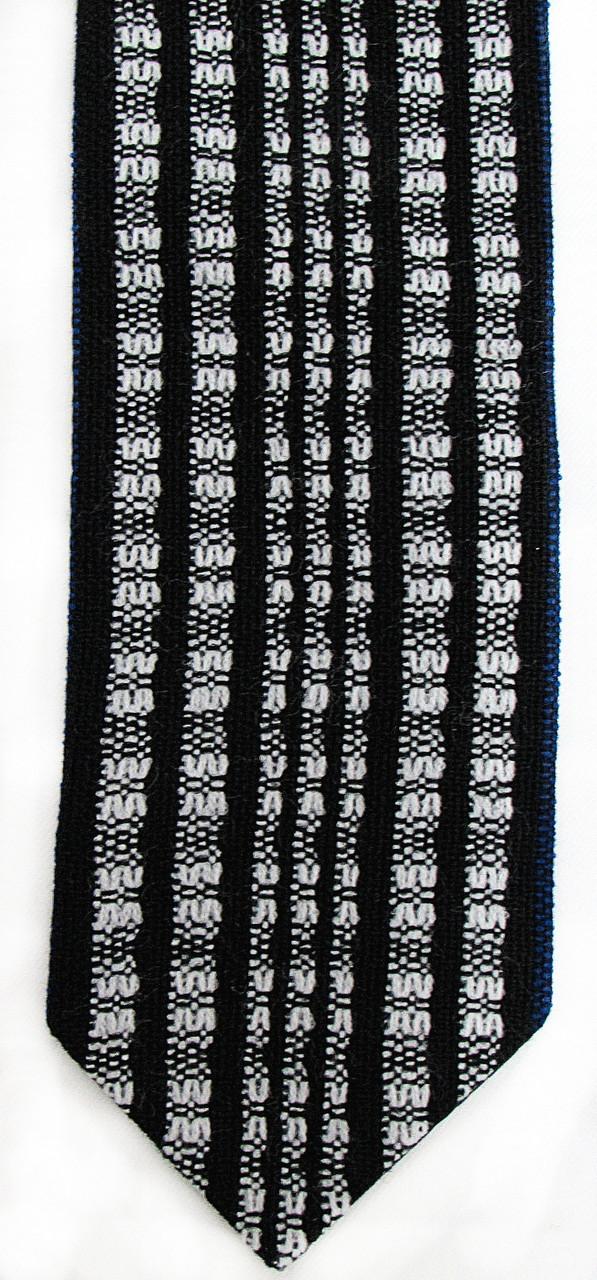 Handwoven Black and White Wool Atara
