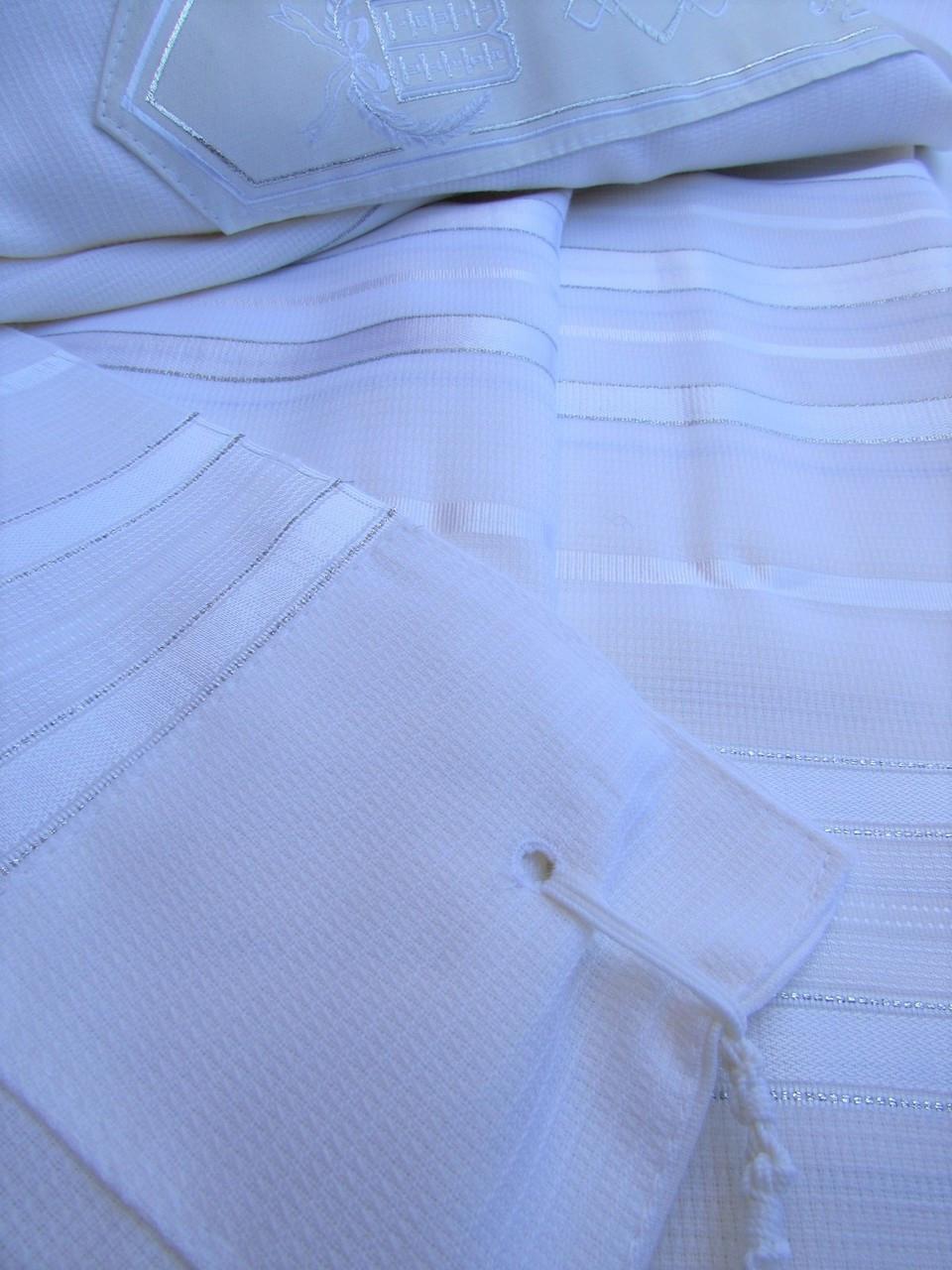 Tashbetz White-Satin-Silver Nonslip Tallit