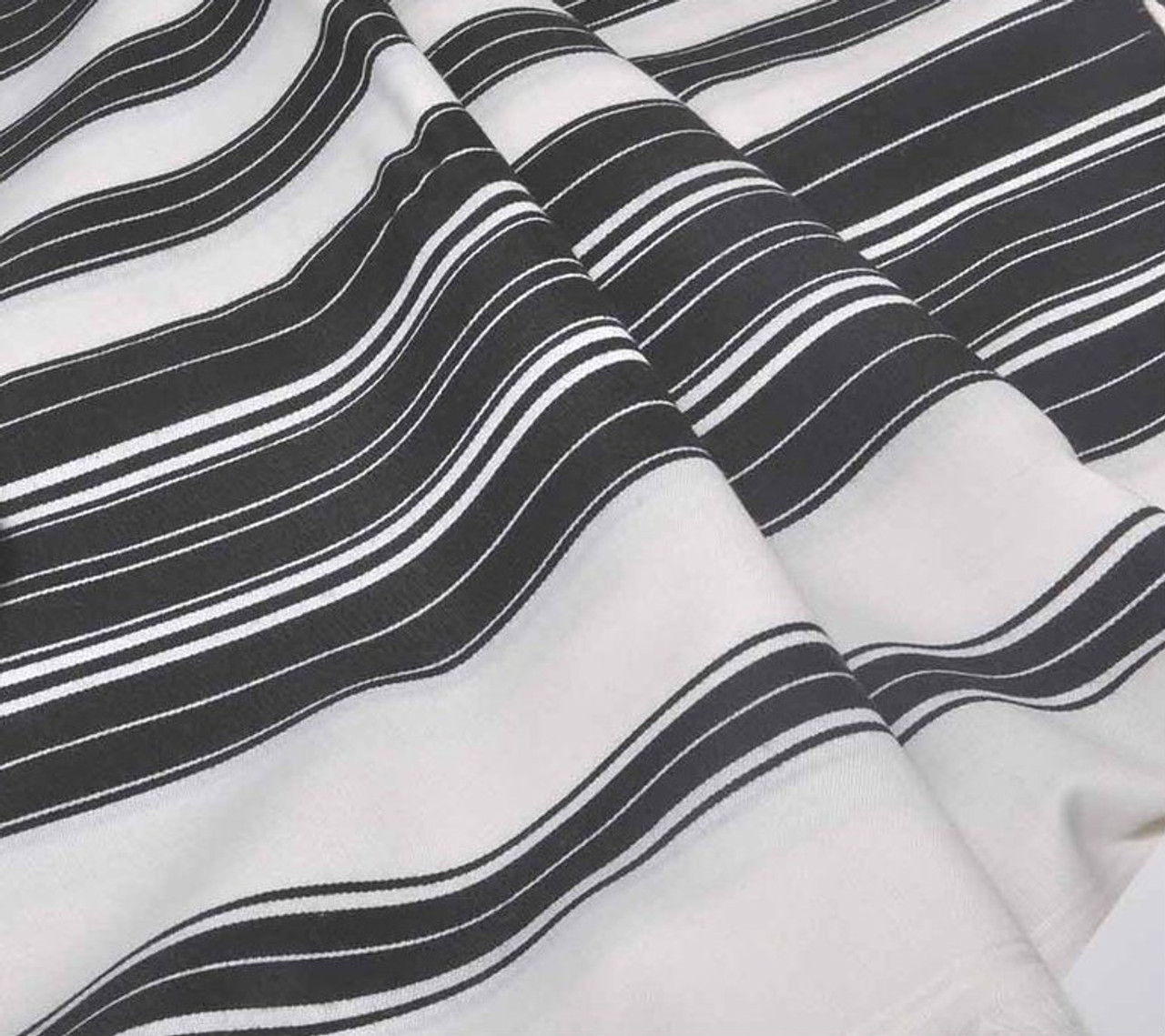 Rich striping pattern