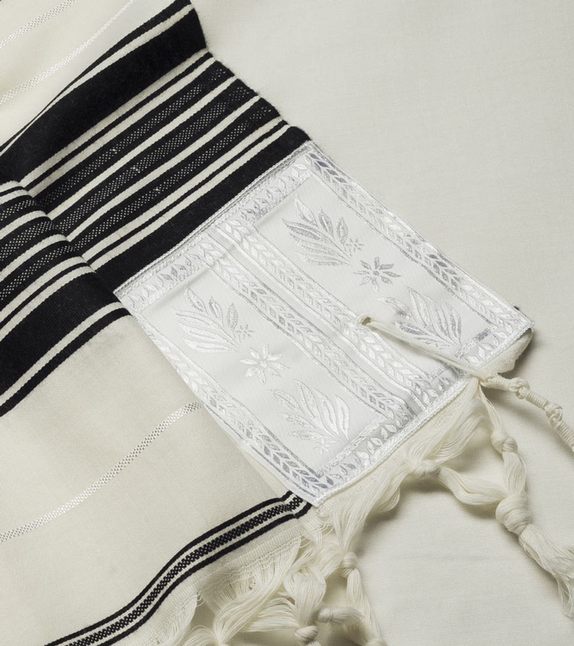 Yemenite Tallit with White-Silver