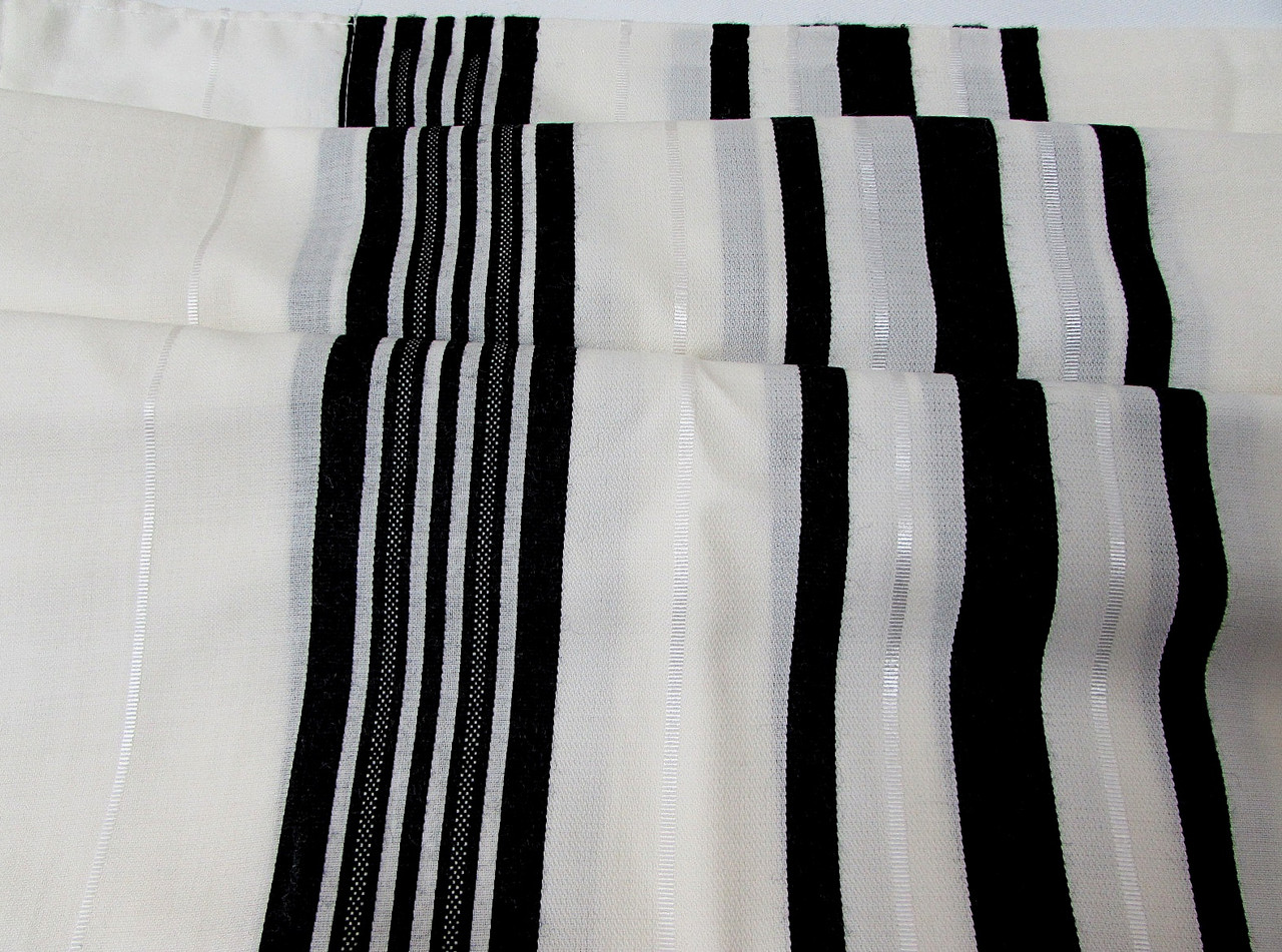 Black-Striped Traditional Wool Tallit