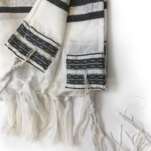 Gabrieli Premium - White with Gray & Silver