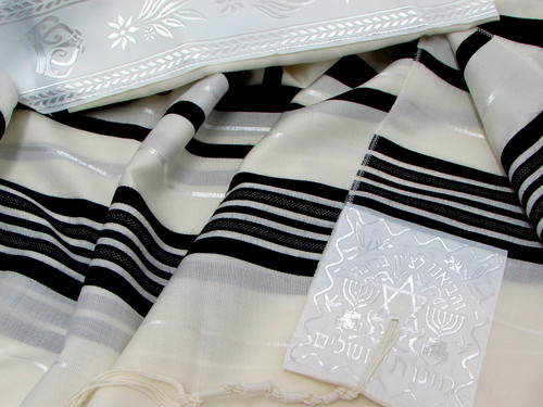 Size 28 Wool Black-striped Children's Tallit