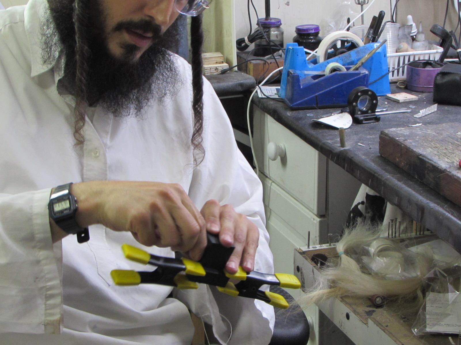 Kosher tefillin gassot workshop