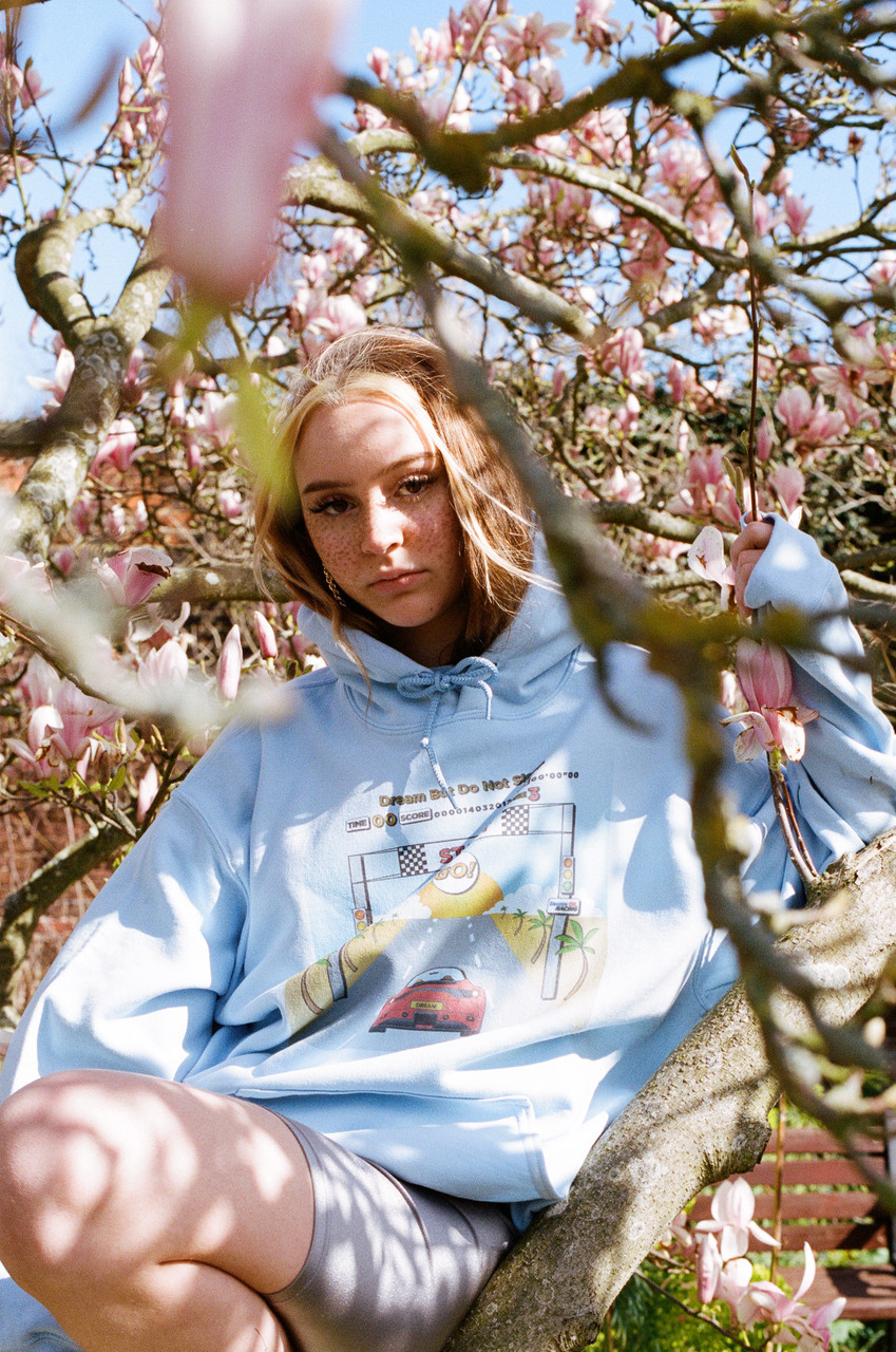 Hoodie In Light Blue With Drive In To The Sunset Print