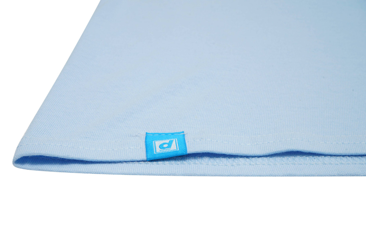 Short Sleeved T-shirt In Light Blue With Drive In To The Sunset Print