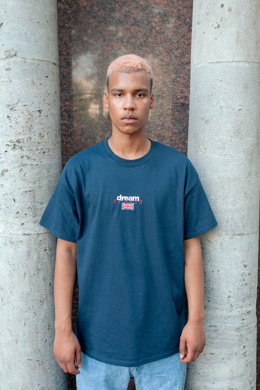 Navy T-shirt With Dream Sports Embroidered Logo