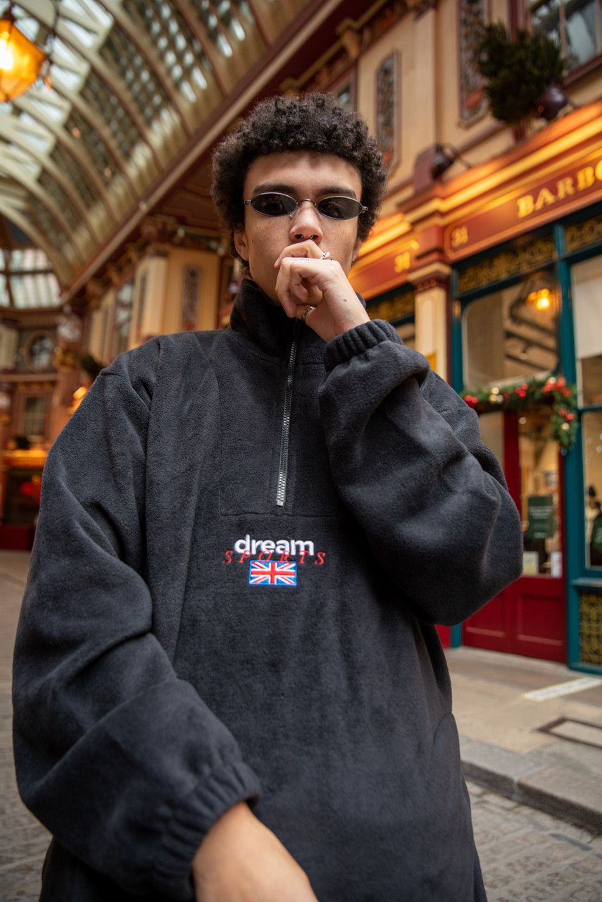Fleece In Black With Dream Sports Embroidery