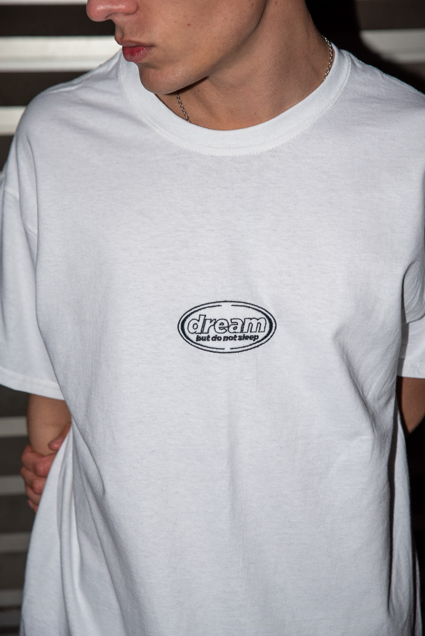 Short Sleeved T-shirt In White With Oval Logo Embroidery
