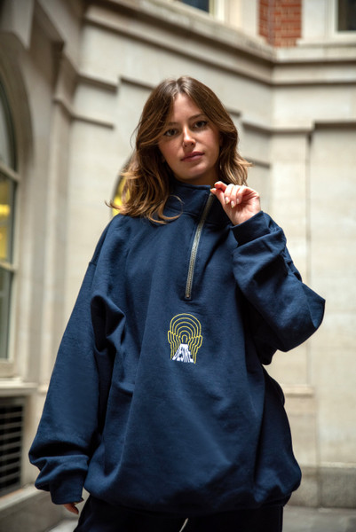 1/4 Zip Sweatshirt In Navy With Desire Embroidery