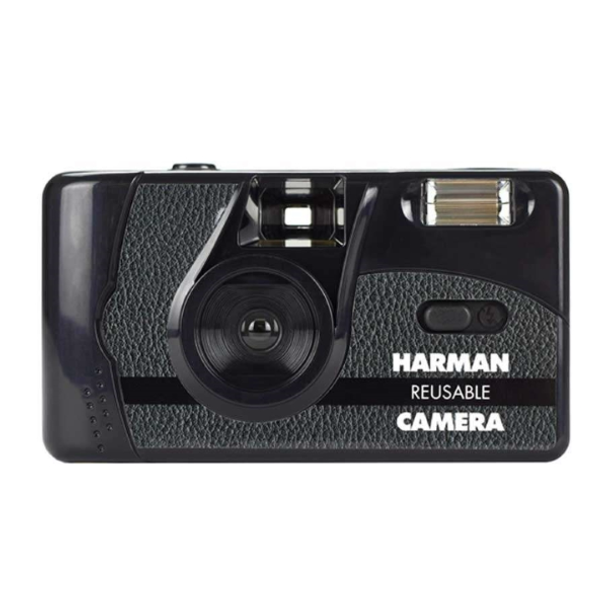 Harman Resuable 35mm Camera with Flash & 2 X Kentmere Pan 400 Film