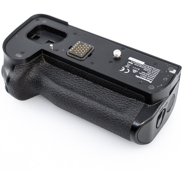 Pre-loved Panasonic DMW-BGS1 Battery Grip for Lumix DC-S1 / S1R Mirrorless Camera