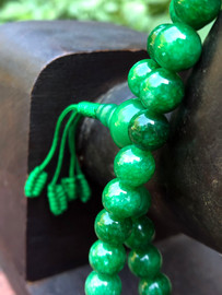 Jade Mala (Light Green,) 8mm
