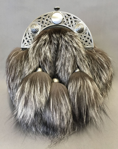 Silver Fox - Front view