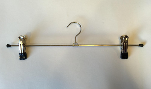 Kilt hanger with adjustable clamps