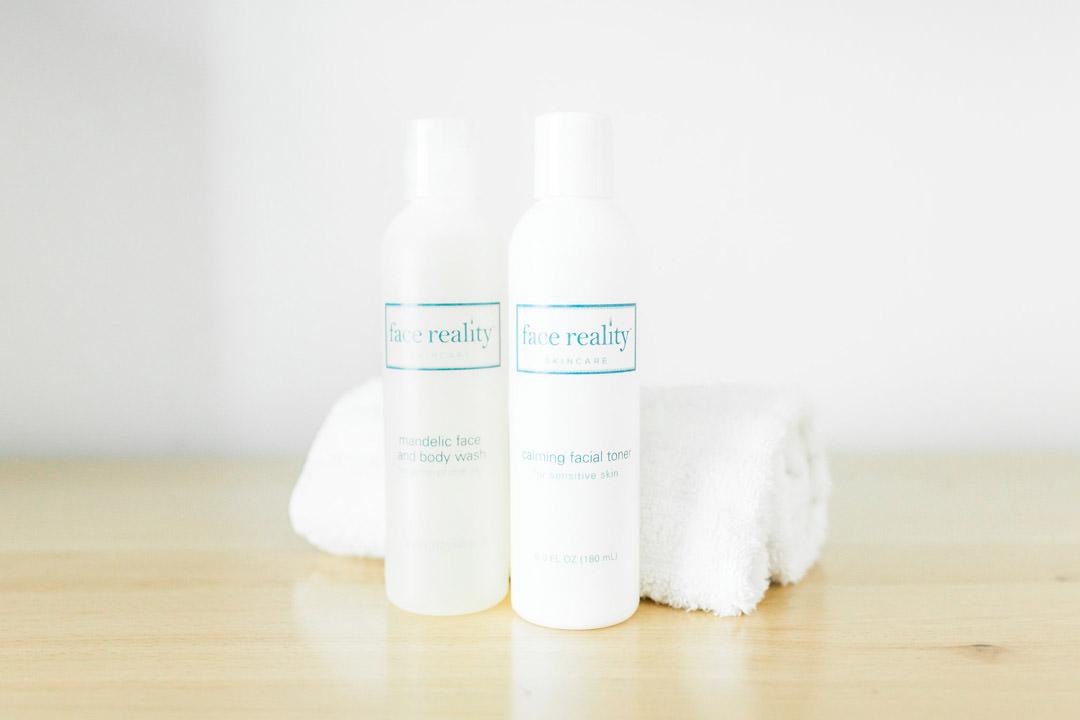 3-closeup-doublelineup-facereality-skincare-acne-pimples-facial-loriward-advnacedskintherapy-loriward-skinspecialist-rexburgidaho