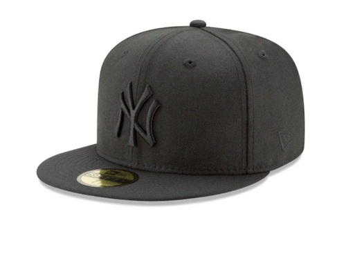 New York Yankees Black On Black 9Fifty Snapback