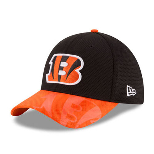 Cincinnati Bengals New Era Black 2016 Sideline Official 39THIRTY Flex Hat