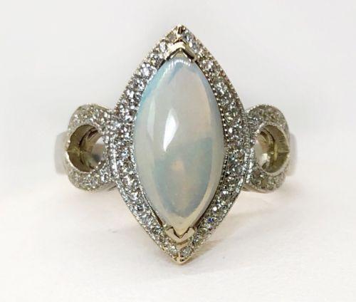 18k White Gold 2.35 Ct Natural Opal & Diamond Women's Cocktail Ring, VS2, G