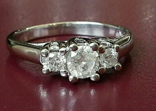 0.51 Ct natural round diamond 14k white gold 3 stone engagement/wedding ring