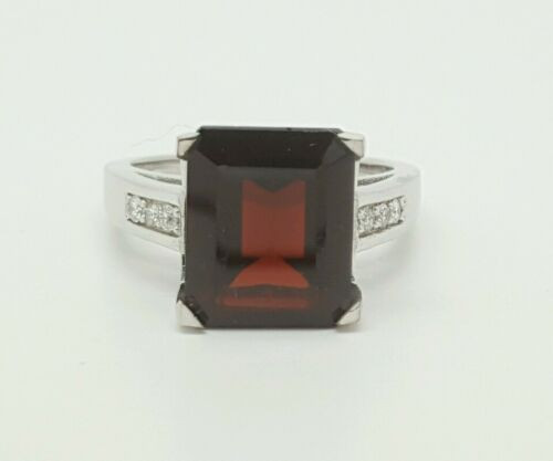 14k White Gold Diamond & Red Garnet Ring 7.29 Ct VS2,G Size 6.75 Emerald Cut