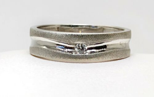 Men's 18K White Gold 6MM Size 8 Matte Finish Solitaire Natural Diamond Band Ring