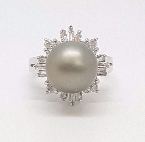 14k White Gold Ring 3/4 Ct Round & Baguette Diamonds & 11mm Black Tahitian Pearl