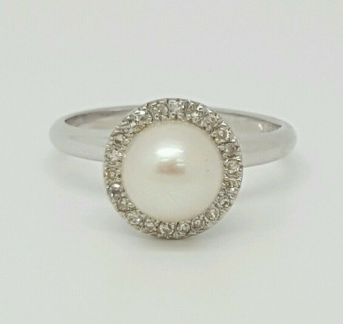 14k White Gold Genuine Round Diamond and Pearl Ring Size 5.5