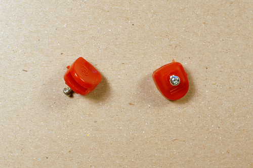 Schwinn Part #   47100      Toe Strap end Buttons - Pair