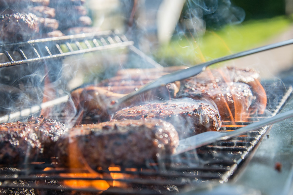 6 Amazing BBQ Accessories for your Brand or Backyard Party
